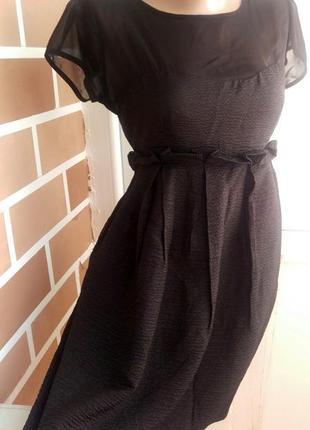 Маленькое черное платье с вырезом капелькой на спинке от знаменитого бренда новое