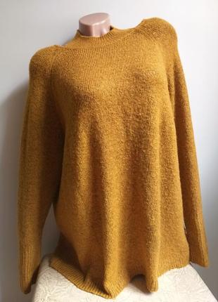 Свитер с необычной горловиной. пуловер. желтый, горчичный, рыжий.