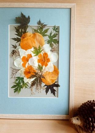 """Картина з пресованих рослин у техніці ошибана """"весняні квіти"""""""
