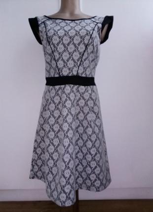 Брендовое платье в ретро стиле