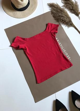 Красный топ топик с открытыми плечами р.xs