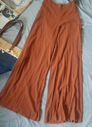 Широкие брюки палаццо вискоза