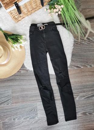 🤩крутые чёрные рваные джинсы cкини высокой посадки 1035