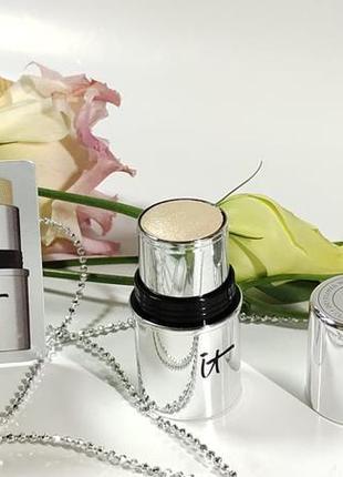 Хайлайтер-стік it cosmetics hello light cooling glow