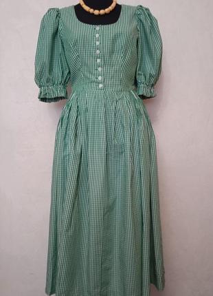 Платье с пышными рукавами и юбкой, ретро винтаж