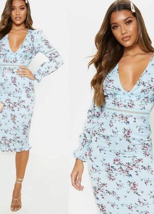 Платье в цветочный принт prettylittlething