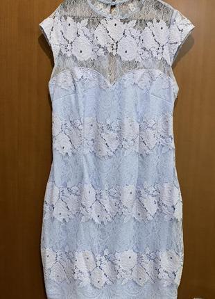 Нежное кружевное голубое платье