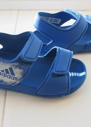 Босоножки,сандалии adidas,р.22-23 стелька 14,5см