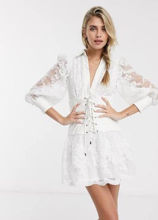 Молочное вышитое платье магазина asos с кожаным корсетом! люкс стиль!