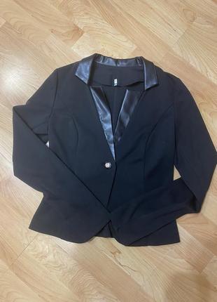 Костюм піджак - плаття