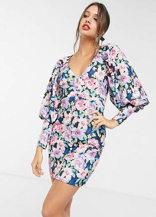 Восхитительное неопреновое платье в цветочный нежный принт от asos design!