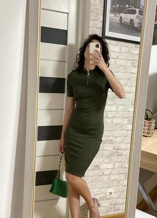 Сукня плаття хакі, облягаюче