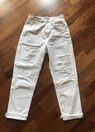 Mom джинсы белые