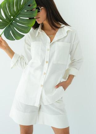 Женский костюм рубашка и шорты-бермуды
