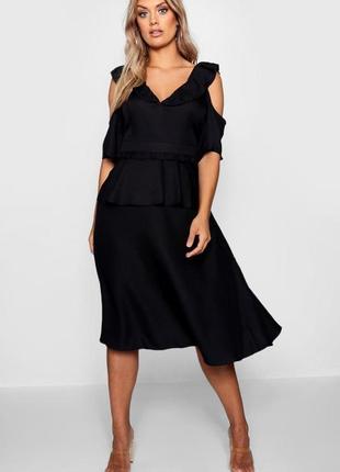 Boohoo чёрное платье большое батал новое с открытыми плечами оверсайз миди базовое