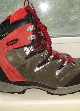Трекинговые ботинки высокие кроссовки на шнуровке  meindl натур кожа