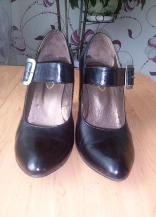 Туфли женские 40 р
