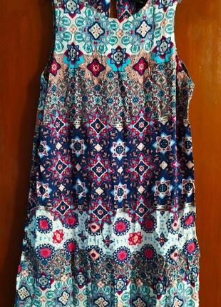 Яркое легкое платье, на жару то, что надо, с_м