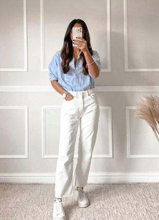 Стильные прямые джинсы с высокой посадкой от paola faccnetti