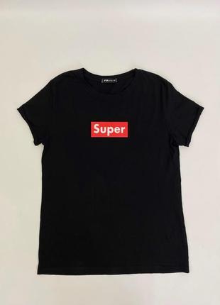 Чёрная женская футболка с принтом fb sister