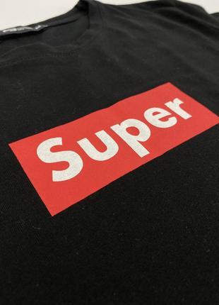 Чёрная женская футболка с принтом fb sister3 фото
