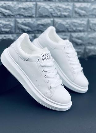 Кроссовки белые женские5 фото