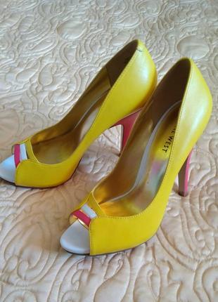 Яркие кожаные туфли - босоножки nine west 37/босоніжки/туфлі шкіра/