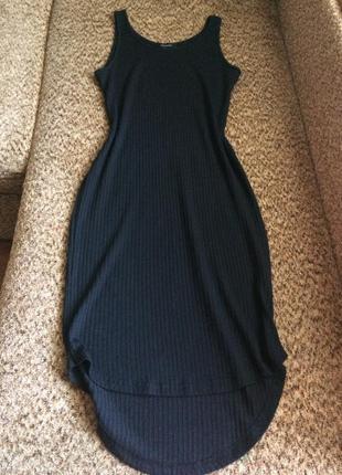 Стильное платье майка