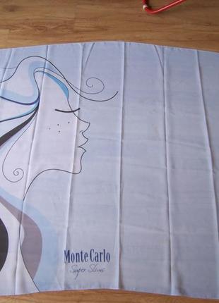 Голубое пляжное парео с девушкой и надписью monte carlo