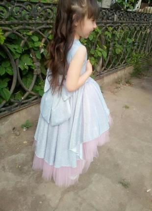 Платье на 6- 7 лет