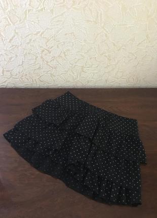 Чёрная мини-юбка с рюшами в мелкий горошек короткая летняя шифон