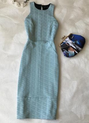 Красивое облегающее платье atmosphere длины миди