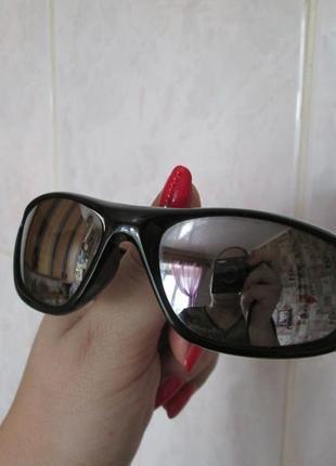 Сша. супер спортивные зеркальные  очки на мальчика 5 -7 лет