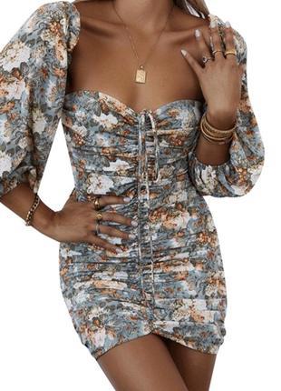 Платье на затяжках