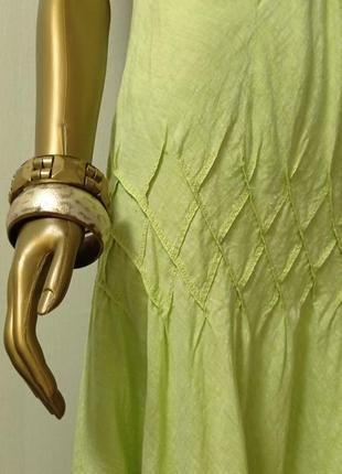 Apriori очень красивое платье с акцентом лён