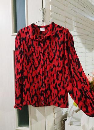 Яркая блуза рукава буфы леопард красная s