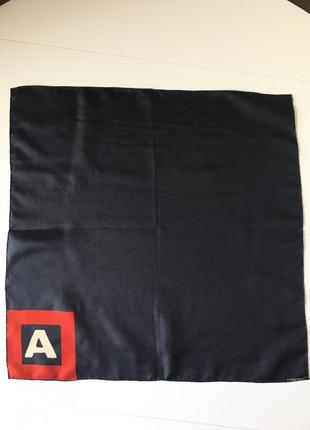 Швейцарский шелковый платок 46*46
