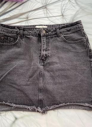 Джинсовая юбка серая