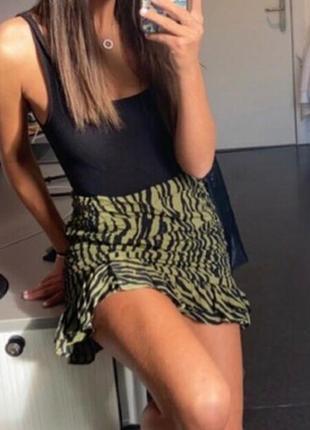 Срочная продажа шикарная юбка zara