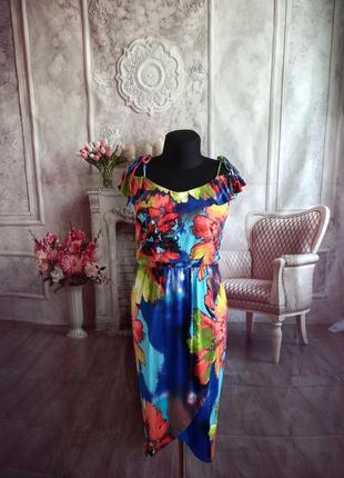 Мега стильное нарядное платье