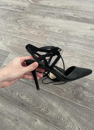 Стильные туфли new look