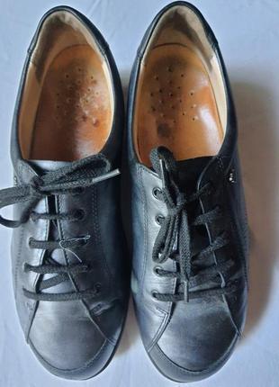 Легкие закрытые кожаные туфли  finn comfort германия 6 1/2 р. наш 38 р.