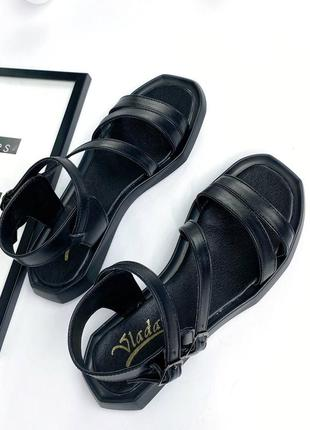 🔥 стильные кожаные босоножки с ремешками8 фото
