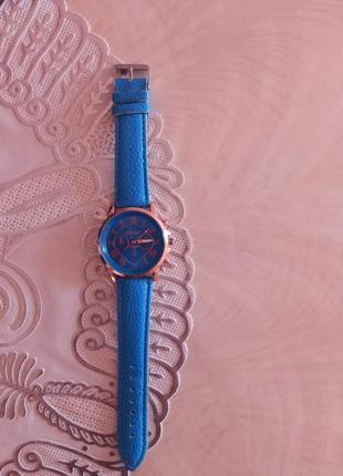 Часы,,geneva,,1 фото