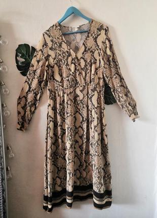 Шикарное макси-платье в змеиный принт h&m2 фото