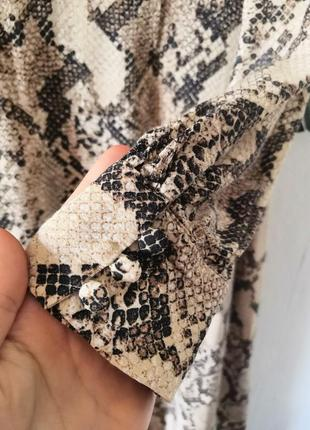 Шикарное макси-платье в змеиный принт h&m8 фото