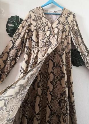 Шикарное макси-платье в змеиный принт h&m7 фото