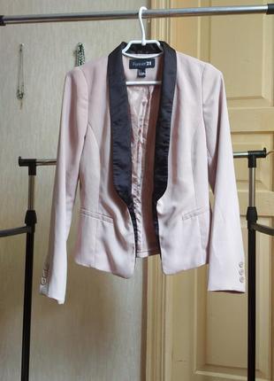 Пиджак жакет женский блейзер пудра кремовый