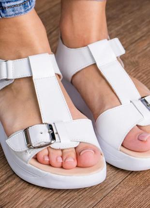 Кожаные босоножки сандали на танкетке белые летние (натуральная кожа) - женская летняя обувь 20215 фото