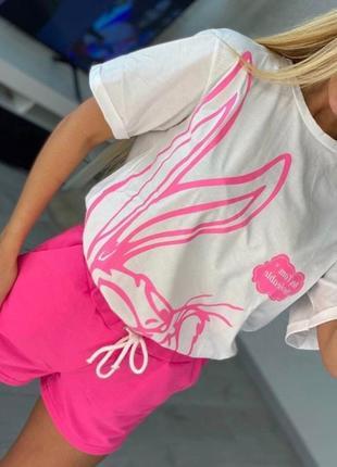 Красивенький женский костюм на лето  футболка и шорты2 фото